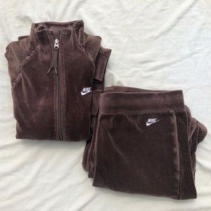 Nike Other - Nike Women's Velour Track Suit Brown Size M(8-10)